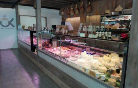 l'azienda - banco negozio formaggi